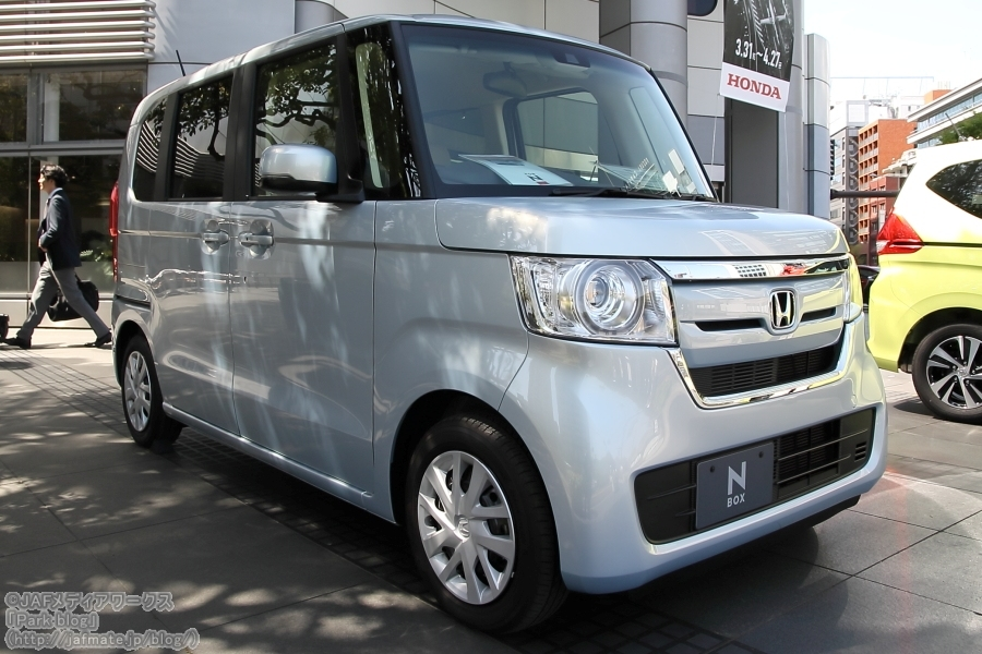 ホンダ N-BOX 2代目 2018年式|honda  n-box 2nd 2018 model year
