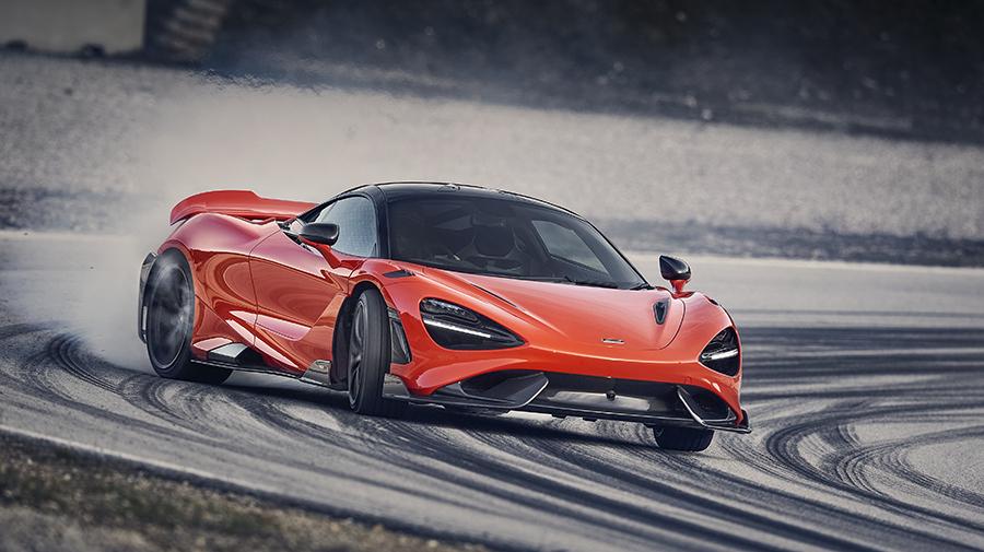 マクラーレンの新型スーパースポーツカー、「765LT」が登場。