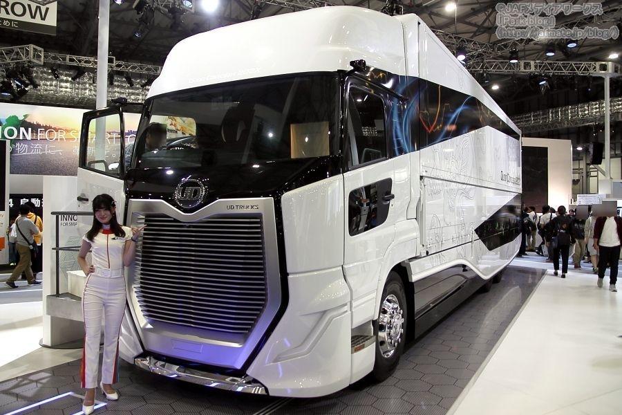 東京モーターショー2019でUDトラックスが出展した近未来を想定したコンセプトモデル「Quon Concept 202X」。