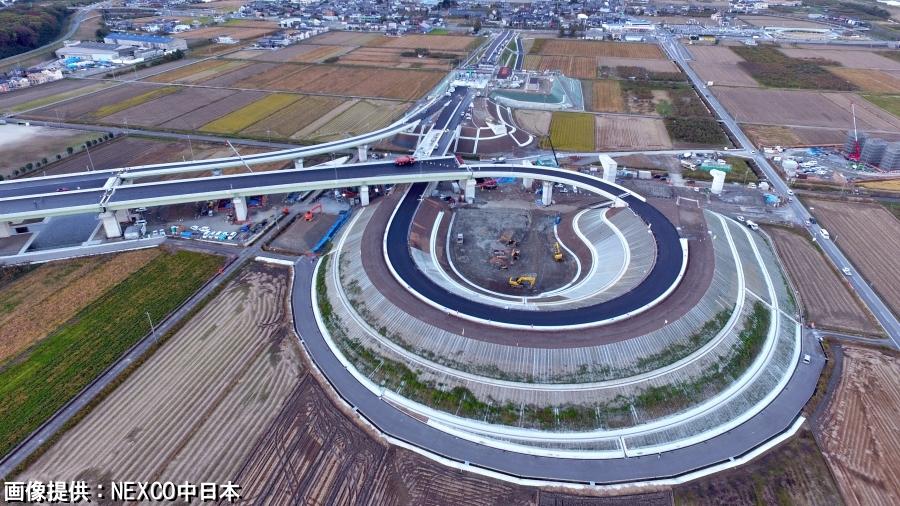 12月14日に開通した、NEXCO中日本のC3東海環状自動車道の大野神戸(おおのごうど)IC。
