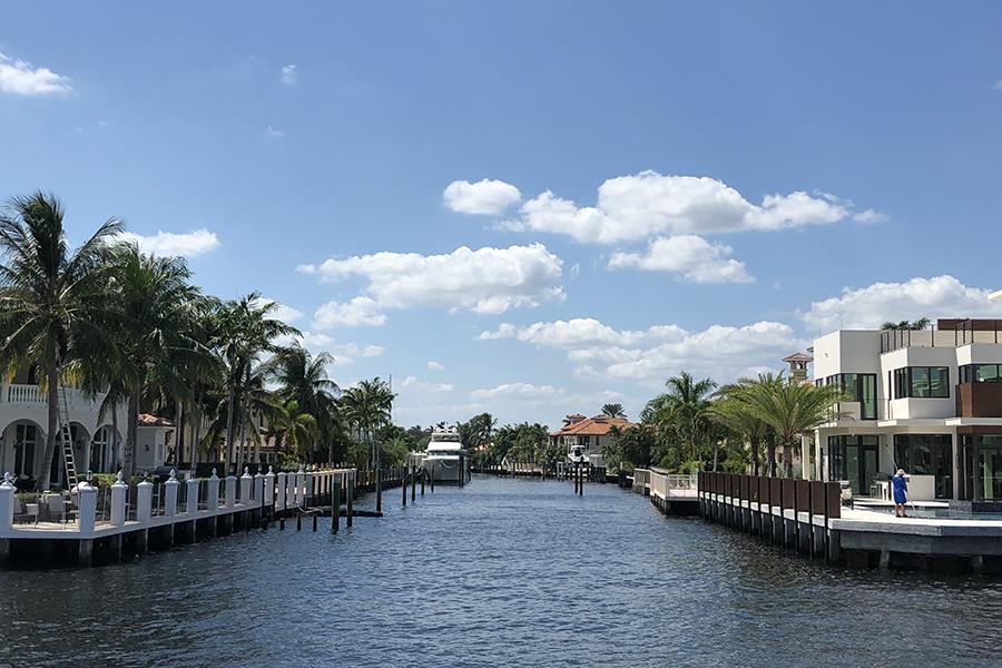 フロリダは水路が発達している