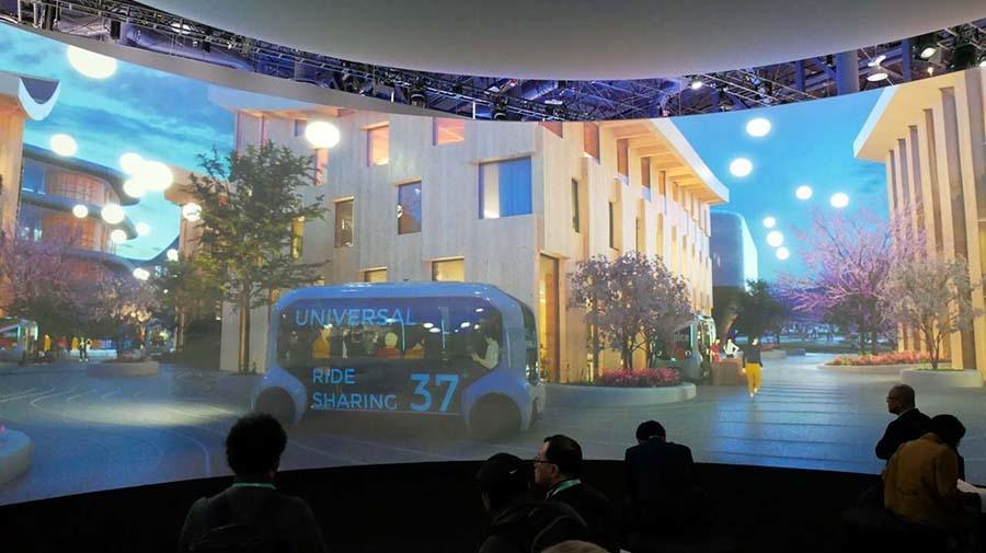ラスベガスコンベンションセンターのノースホールに出展したトヨタ。ここでもメインは「Woven City」だ