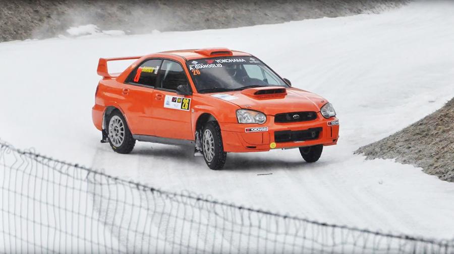 モータースポーツ振興もACIの業務。公認イベントは、ラリー、レース、カートそしてオフロードと多岐にわたる。これは「イタリア氷上スピード選手権」。(photo:Automotoracing)