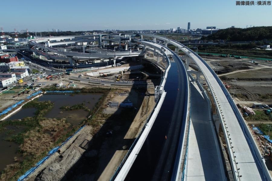 画像4。首都高・神奈川7号横浜北西線の横浜港北IC・JCT。東方地区のトンネル出入口側から撮影されたもの。