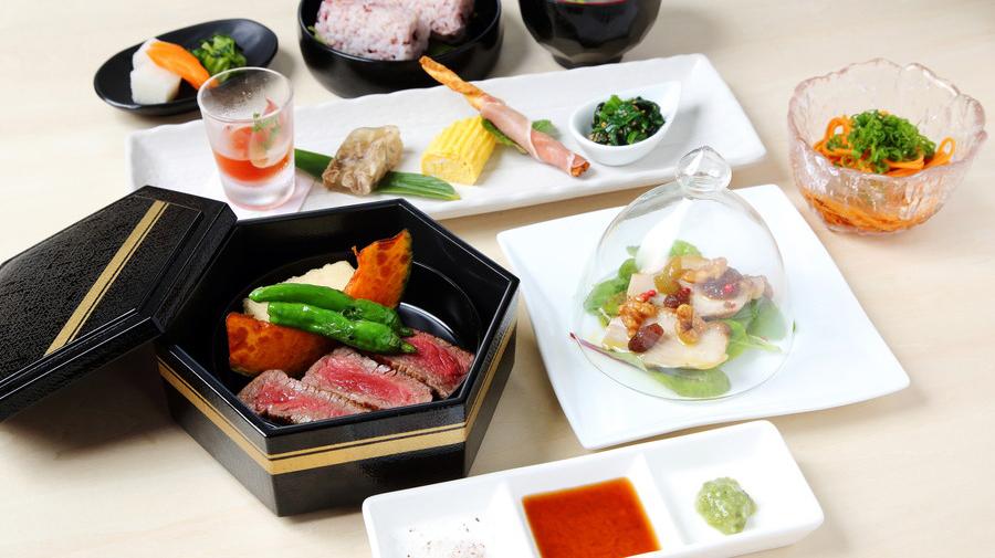 グランプリ:ヒバゴンの玉手箱~比婆牛赤身肉ステーキ瀬戸内レモンソースで~/1,800円(税込)