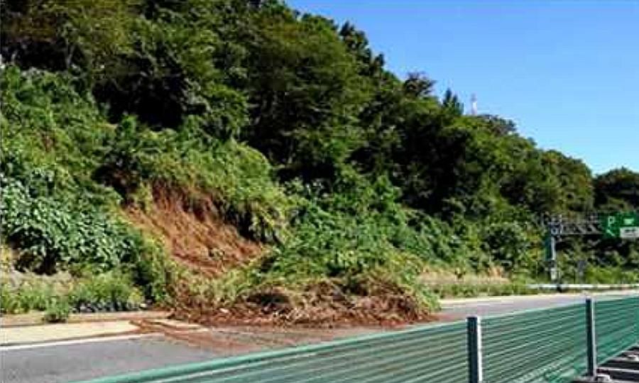 台風19号の影響による通行止め区間|中央道・藤野PA付近での土砂流入