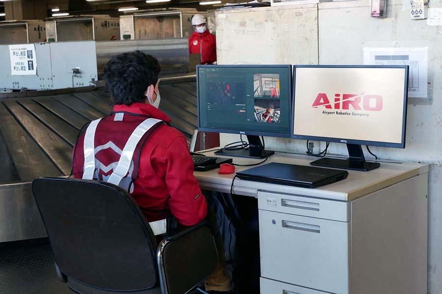 ターミナル内の積み込み拠点に置かれたクラウドシステム「Robo-Hi」で遠隔モニタリングも実施された