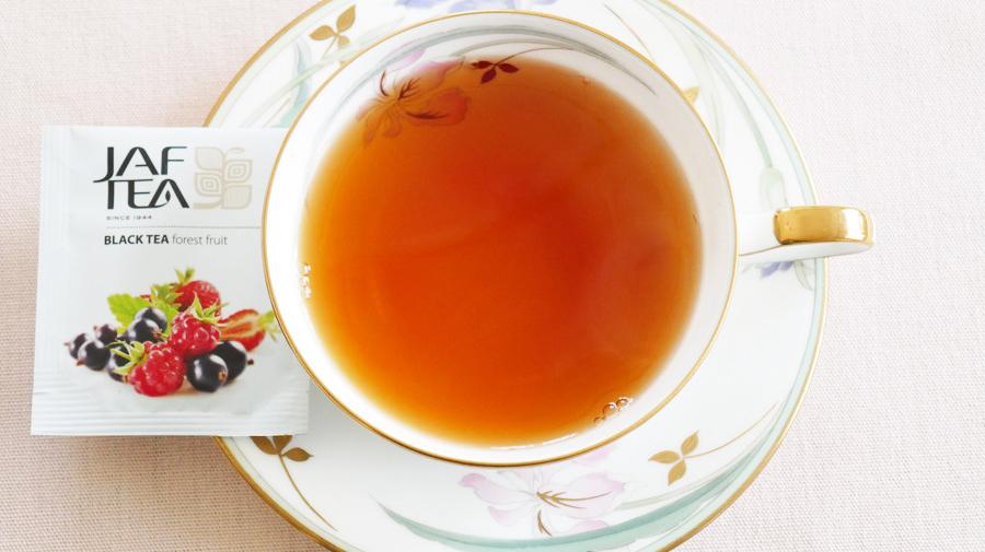 JAF TEAのフォレストフルーツ。こちらは芳醇なフルーツの甘い香りが特徴だ。