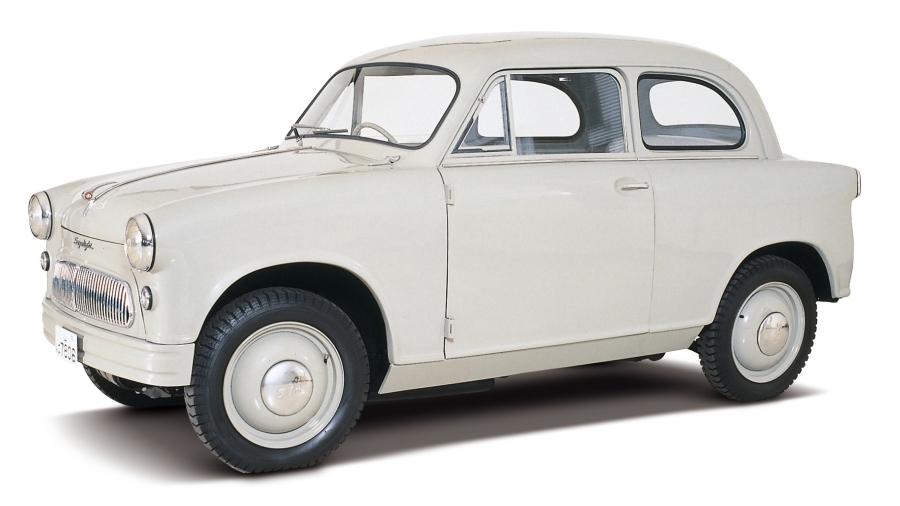 画像3。スズキが1955年10月に発売した軽四輪車「スズライトSS」。