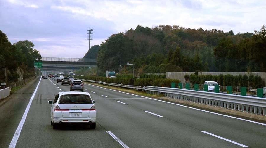 『高速道路にも種類がある。高速自動車国道と自動車専用道路の違いとは。』