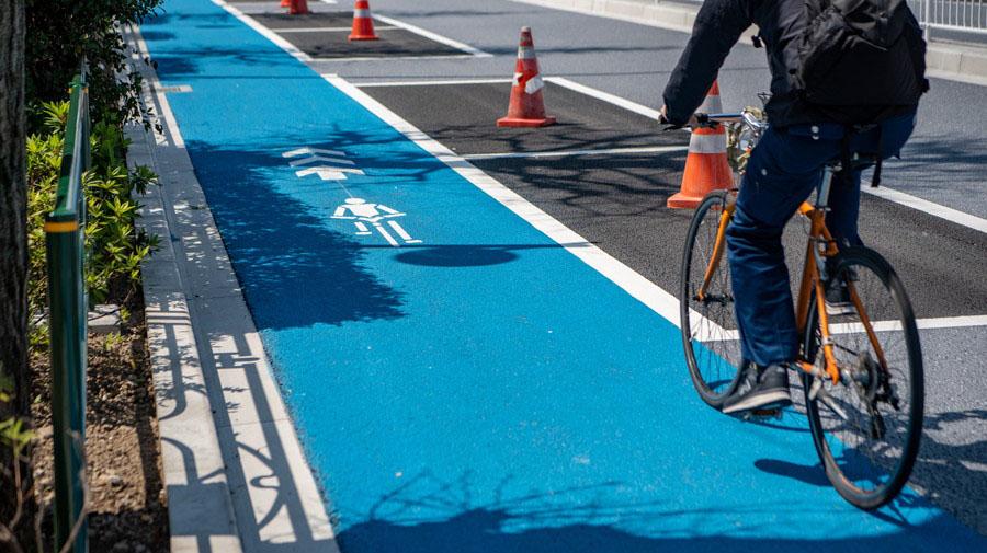 国土交通省は、新型コロナの感染拡大防止のため自転車通勤・通学の促進に対する取り組みを発表した。