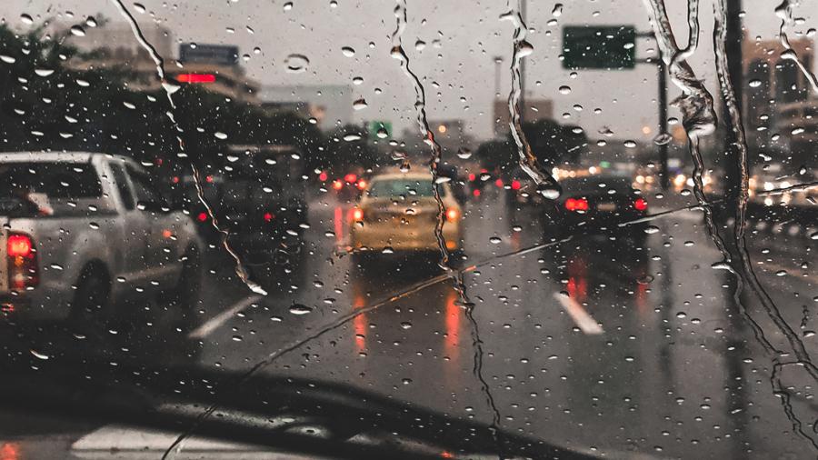 大雨 高速道路 通行止め 九州 中国 安房峠道 高速道路のイメージ