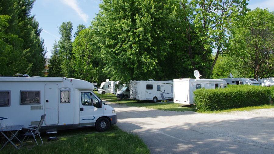 全国にはRVパーク認定の道の駅がある。利用は有料だが、連泊も可能だ。