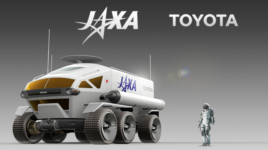 JAXA×トヨタの「ルナ・クルーザー」の前方からのイメージ。右は同スケールで描かれた宇宙飛行士。