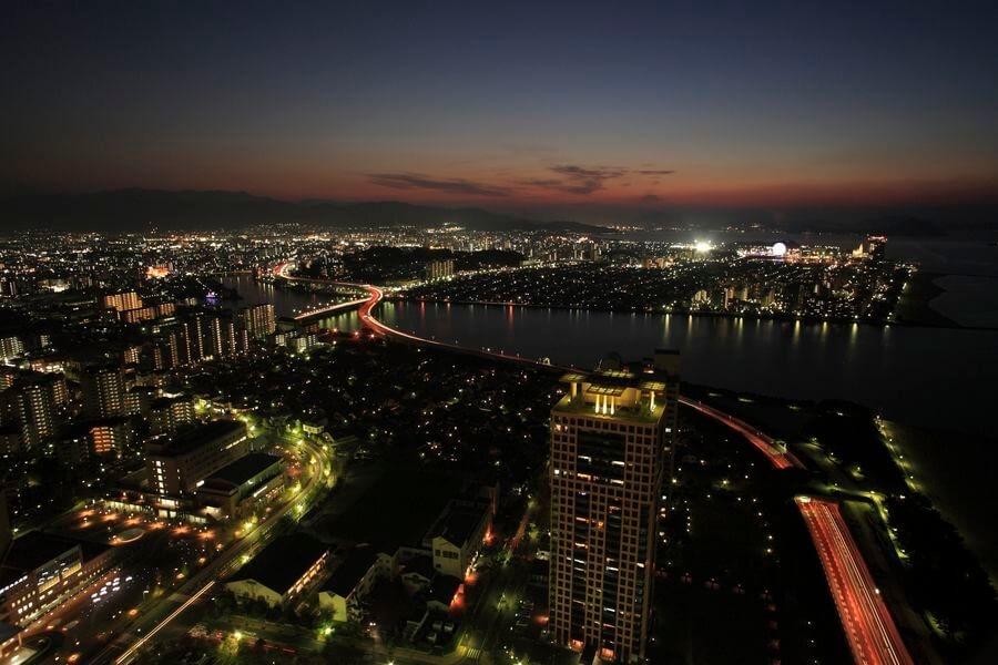 福岡県福岡市/福岡タワー「スカイビュー123」|くるくら
