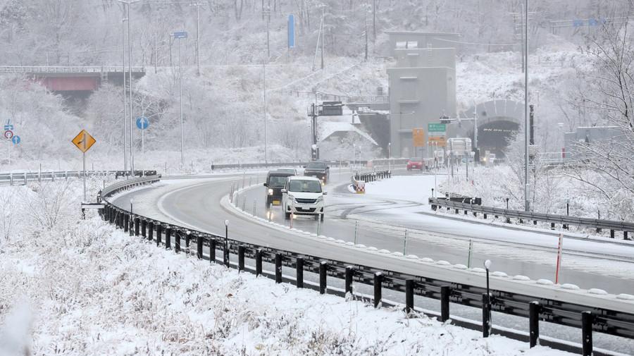 1月7日から9日の大雪では、各地で通行止めなどの可能性がある。