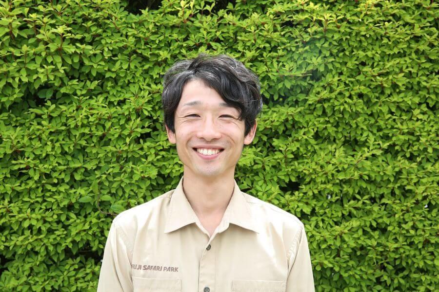 富士サファリパーク|アメリカバイソンの飼育員さん|くるくら