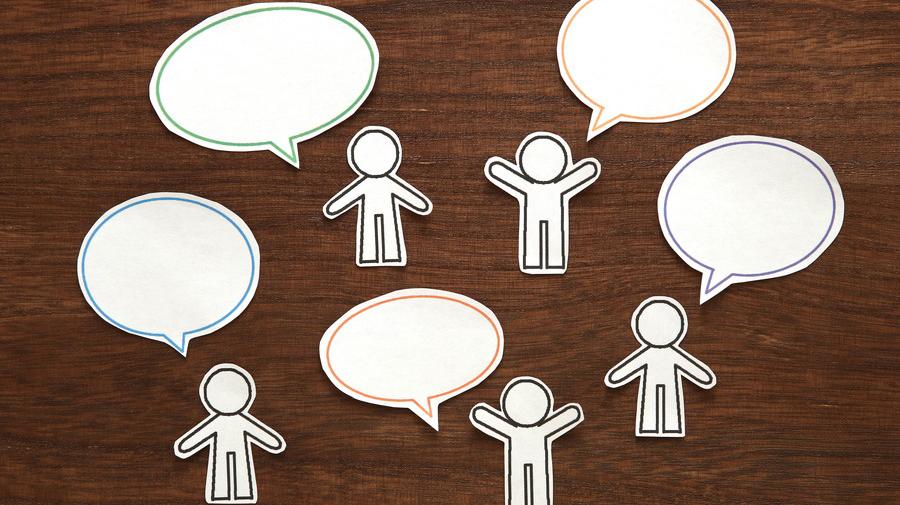 「しりとり」は、文字やテーマをしばることで難易度を上げて楽しむことができる。