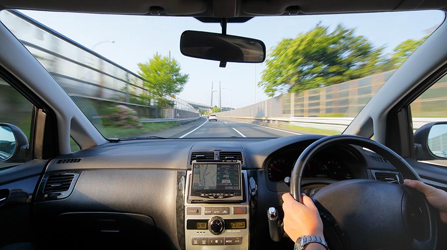 加齢と運転に関するアンケート、ご協力のお願い。回答者に抽選でクオカード進呈