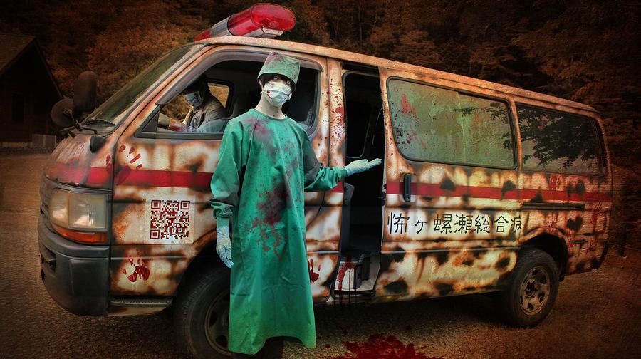 自宅までデリバリーされる「絶叫救急車」は完全非接触で新型コロナ対策も徹底される。