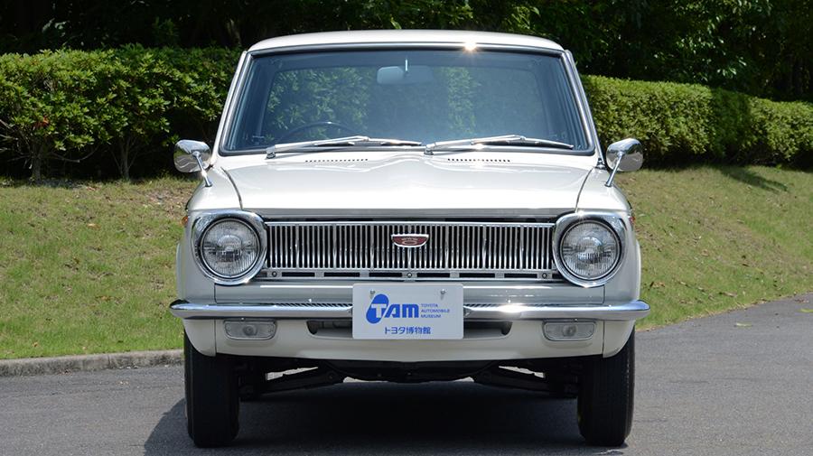 1960年代|自動車博物館|クラシックカー|トヨタ博物館|トヨタ・カローラ KE10型|フロント
