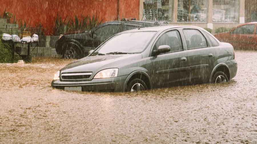 水害による車両水没のイメージ
