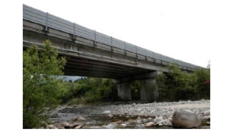 2021年9月27日からコンクリート床版取替工事が実施される中津川橋