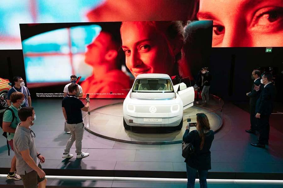 VWがワールドプレミアしたEVコンセプト「ID.ライフ」は、25年に発売を予定する(写真提供:IAA)