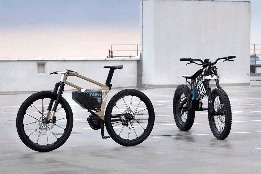 「BMW Motorrad Vision AMBY(右)」と「BMW i Vision AMBY」。一般ユースで使いやすいのは後者かも(写真提供:BMW)