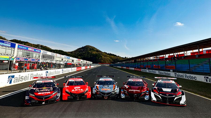 2021年のSUPER GTのGT500クラスに参戦する5台のホンダNSX