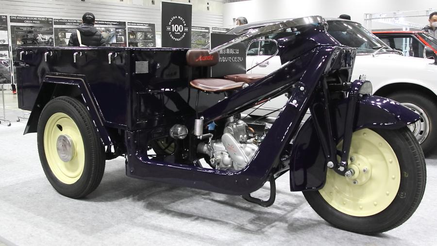 画像2。マツダ(当時は東洋工業)が1938年5月に発売した三輪車の「GA型グリーンパネル」。