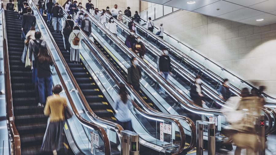 埼玉県では、全国初となる「エスカレーターの安全な利用の促進に関する条例」が、10月1日から施行される。