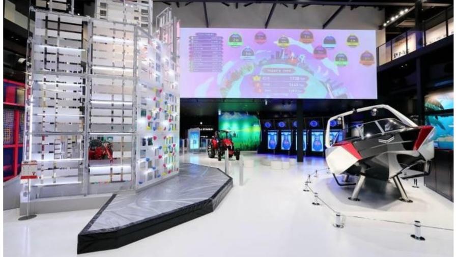 ヤンマーミュージアムは、子どもが楽しみながら学べる体験型ミュージアムだ。